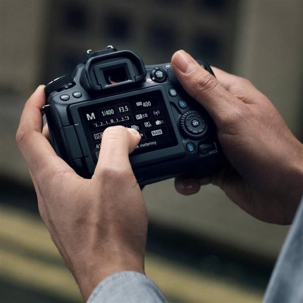Canon EOS 80D SLR-Kameragehäuse 24.2MP CMOS 6000 x 4000Pixel Schwarz